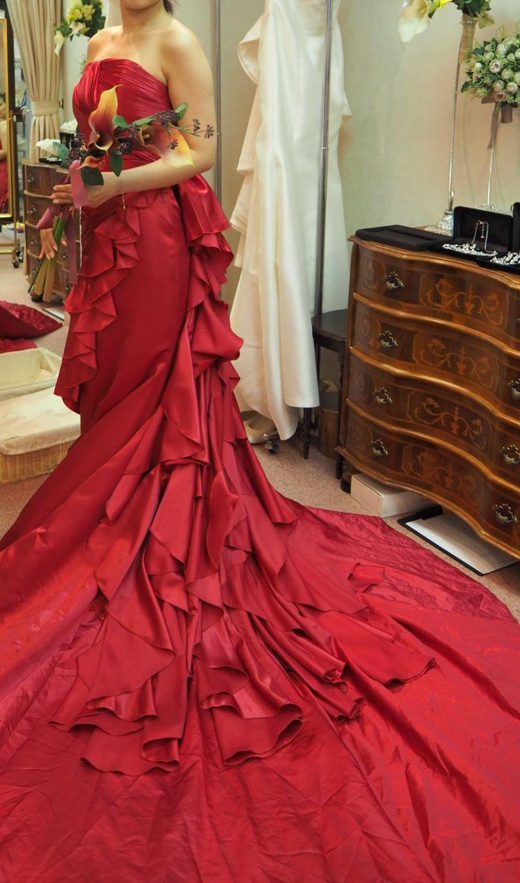 カラーのマーメイドドレス