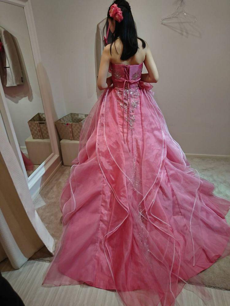 ピンク×お花でキュートゴージャスなドレス