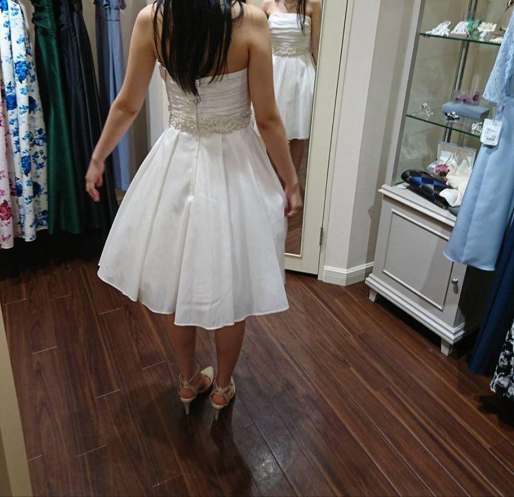 かわいらしさたっぷりのミニドレス