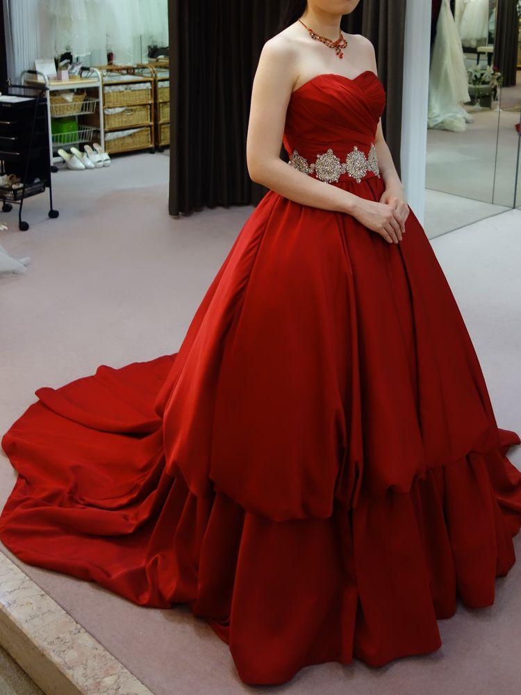 深紅のドレス②
