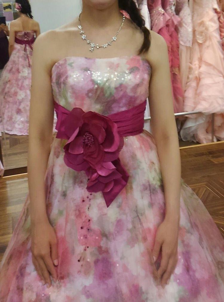ふんわりオーガンジーの総柄ドレス