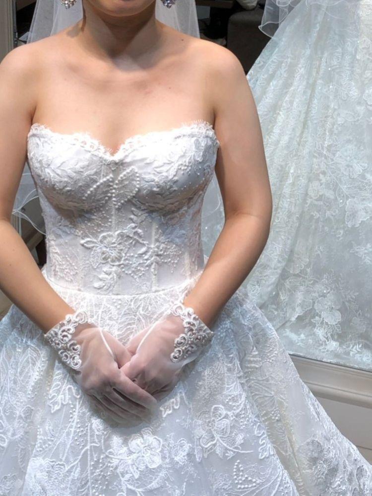 キラキラでボリュームのあるドレス