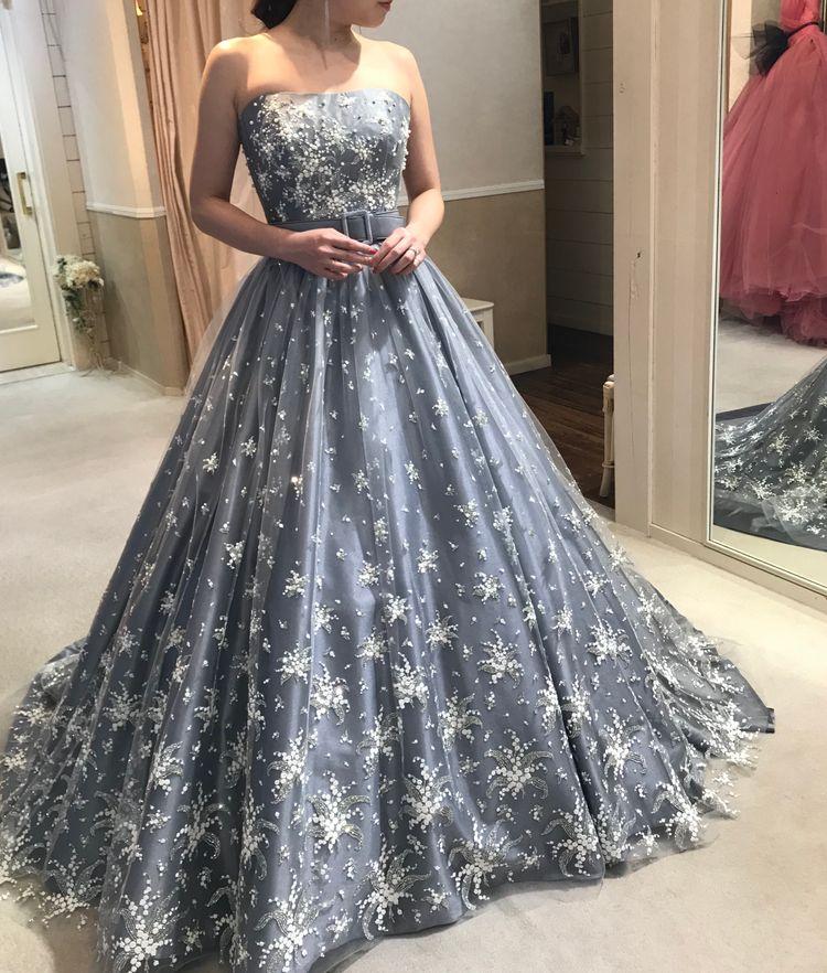 アンテプリマ キラキラ シルバードレス