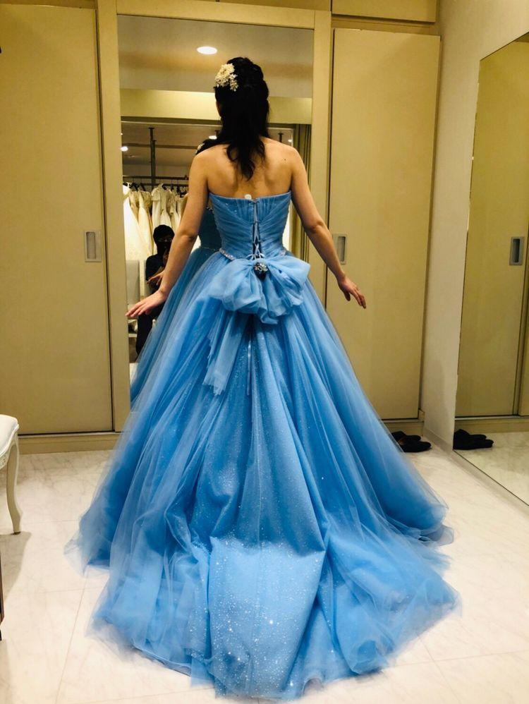 ずっと着てみたかったシンデレラ色ドレス!