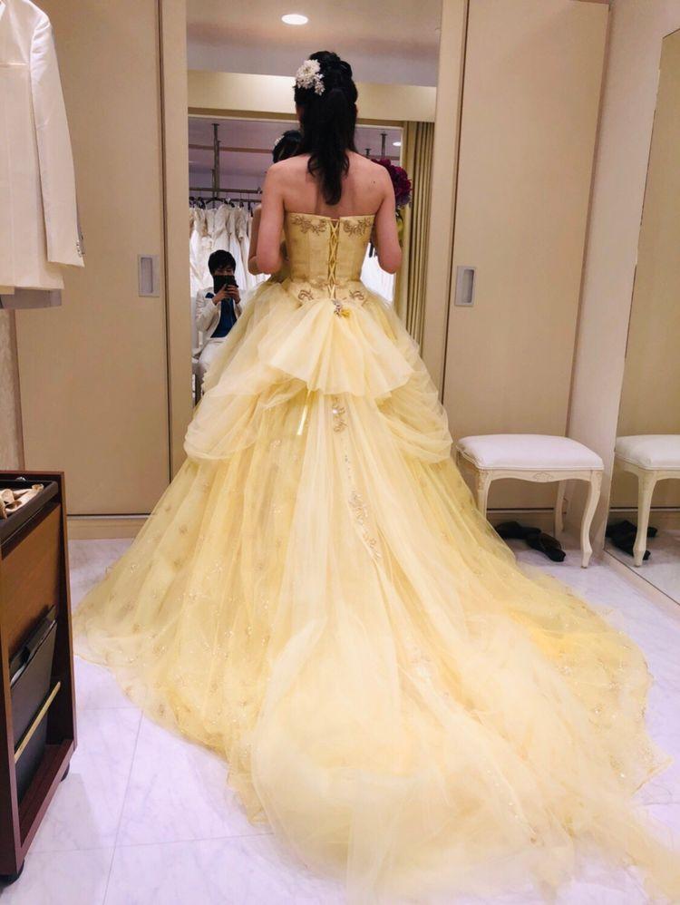 見とれるドレスです。