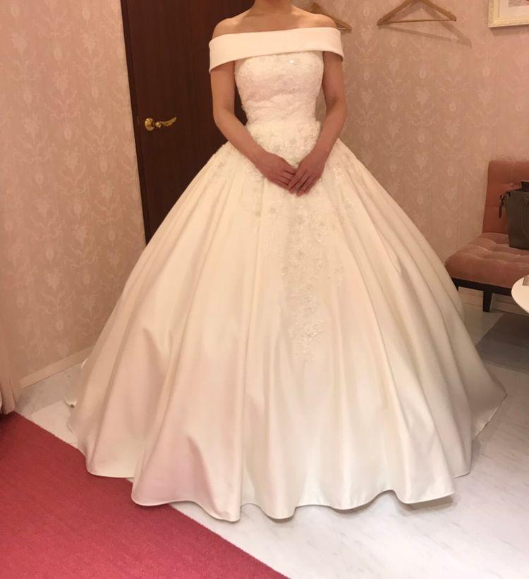 シンプル・王道なウェディングドレス