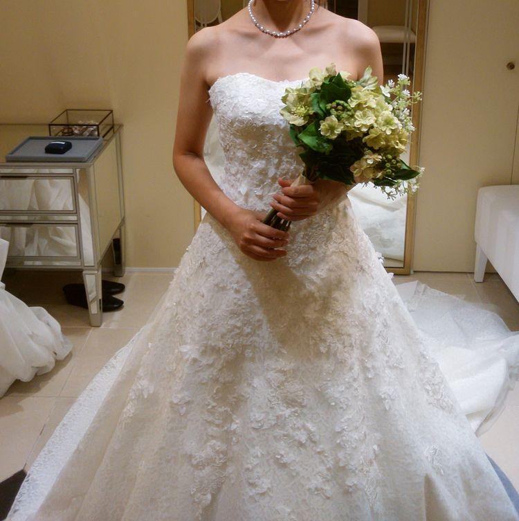 王道Aラインウェディングドレス