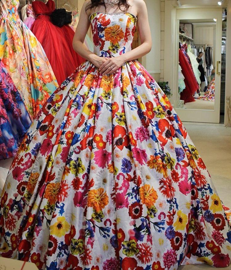 花柄の可愛いドレス