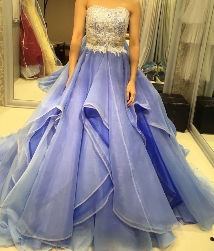 青いカラードレス