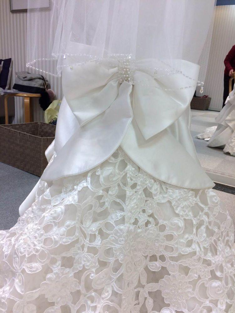 サテンが綺麗なマーメイドドレス