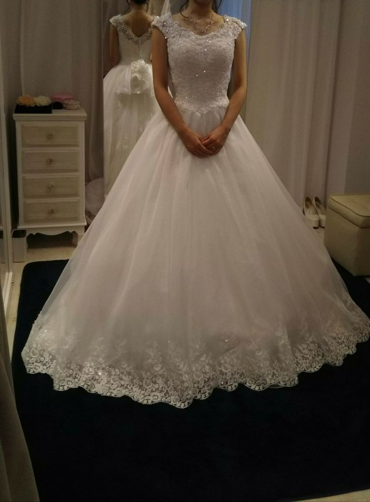 女子らしいドレス