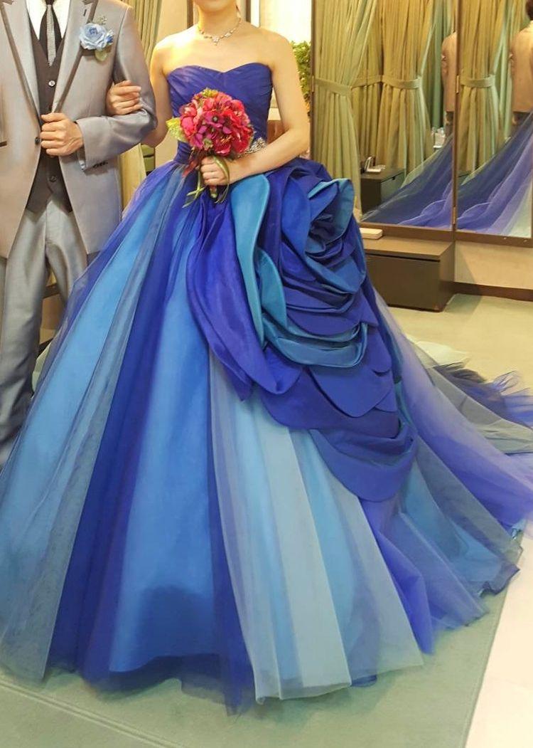 華やかで素敵なドレス