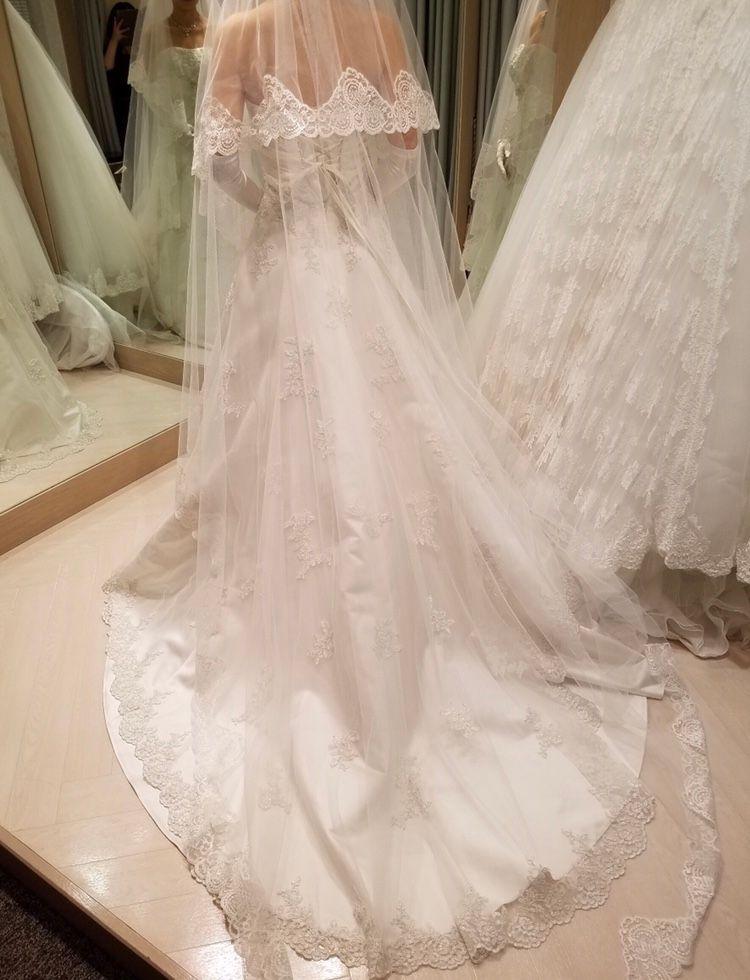シンプルよりなドレス