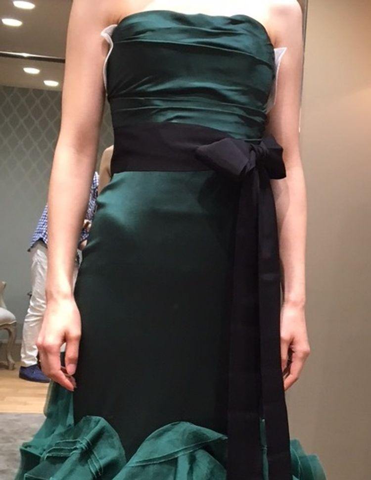 大人の雰囲気たっぷりのマーメイドドレス