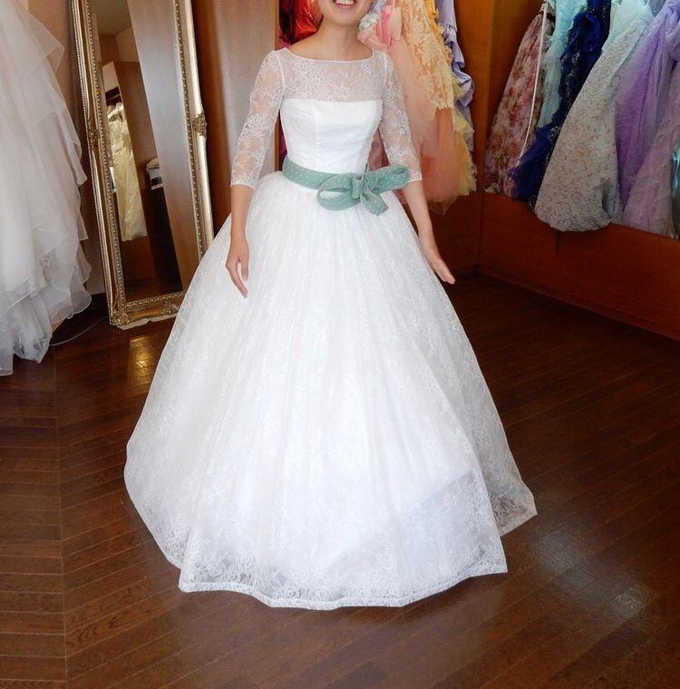ラインの綺麗なドレス