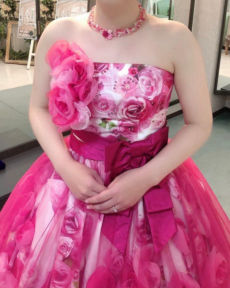 薔薇尽くしのドレス
