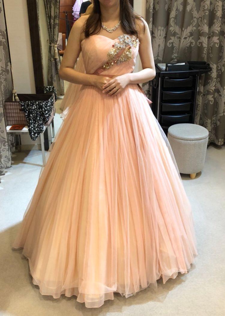 柔らかい印象のドレス