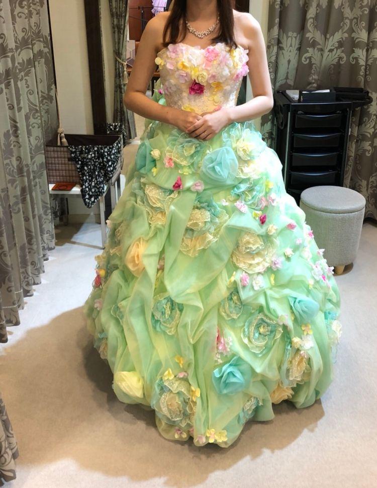 明るいドレス!