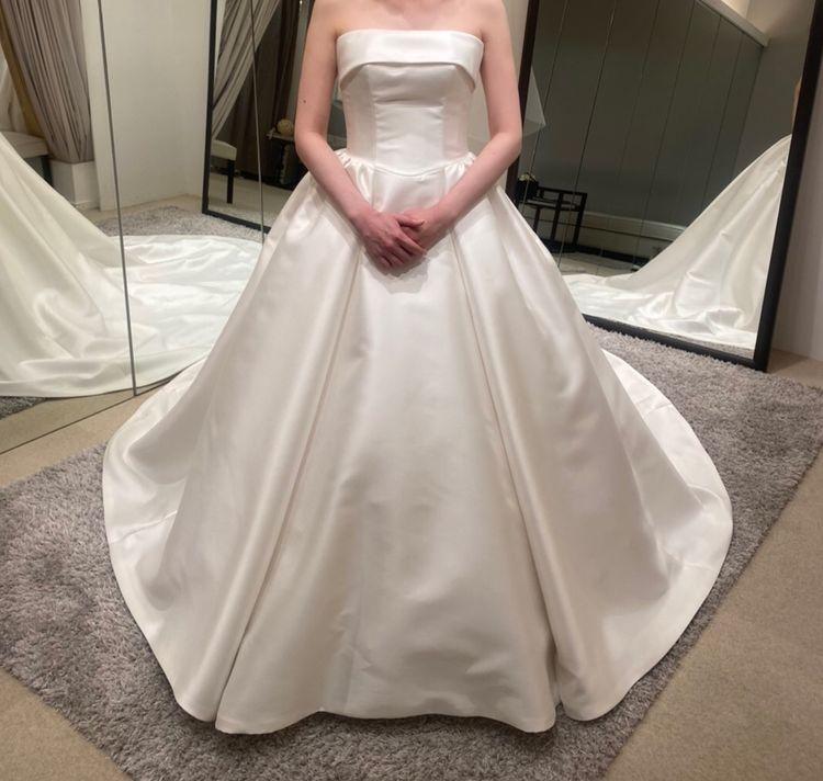 ミカドシルクのロールカラードレス