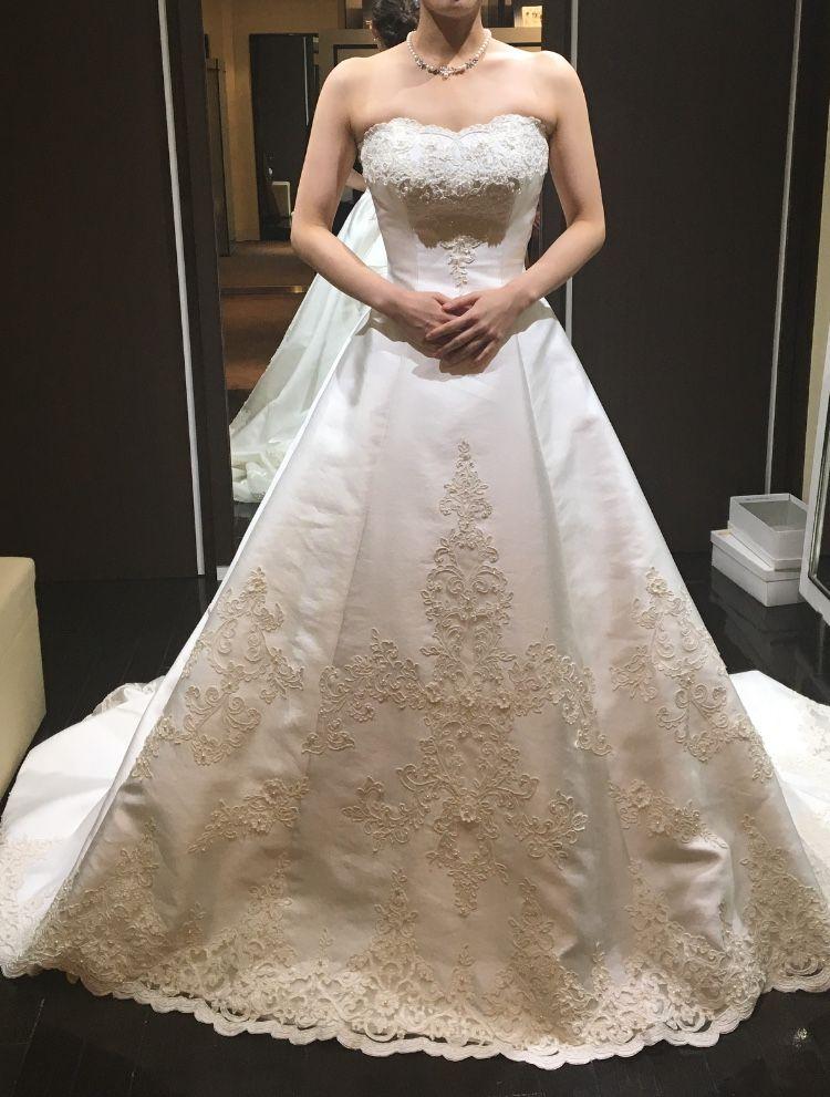 王道クラシカルなドレス