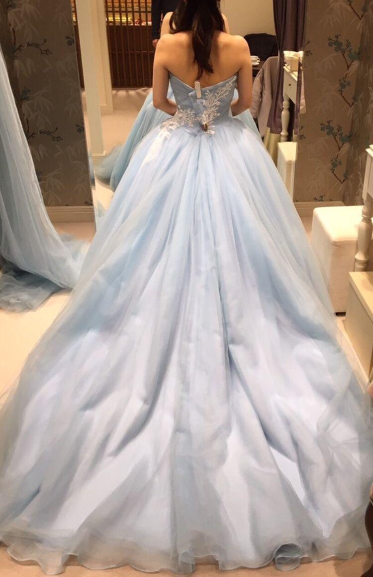 アイスブルーの冬っぽドレス