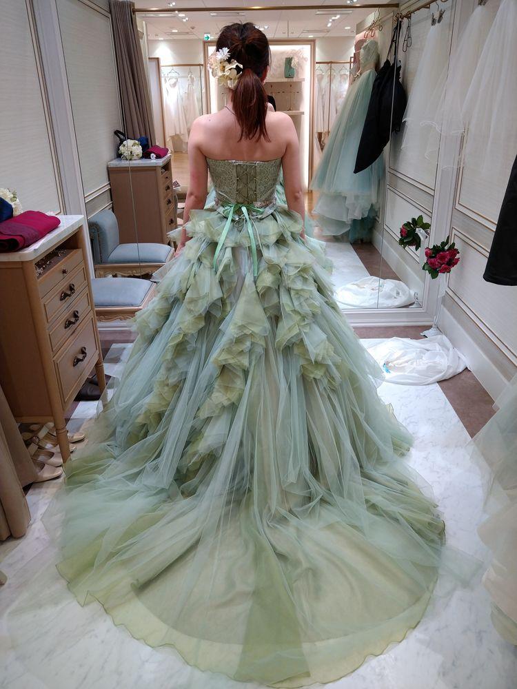 360度楽しめるドレス!