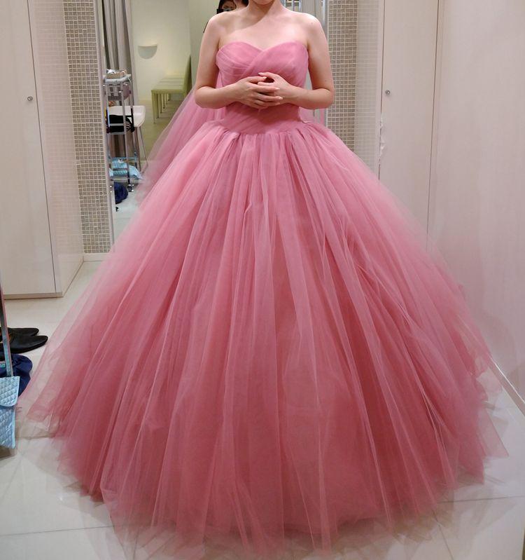 スモーキーなピンクで大人婚!