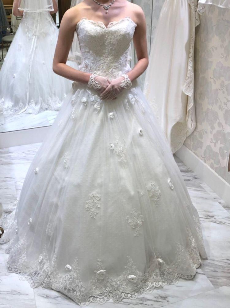 Aラインのウェディングドレス