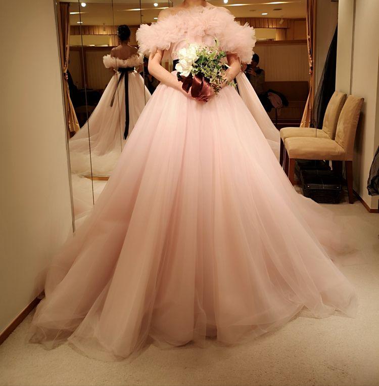かわいいピンクドレス