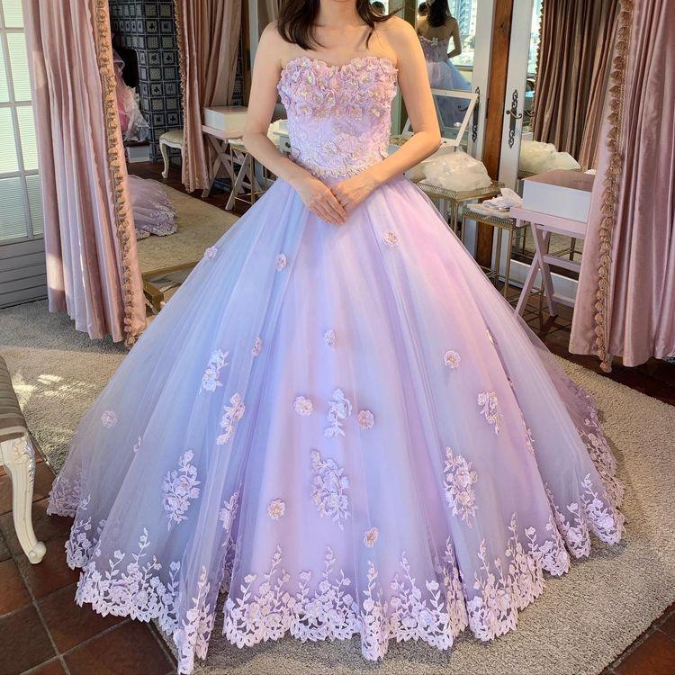 かわいいラベンダードレス