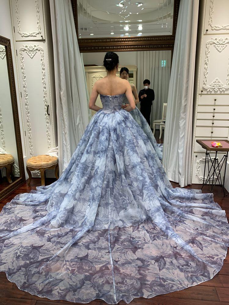 ハツコエンドウさんのドレス