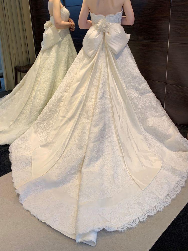 シンプル王道なドレスです