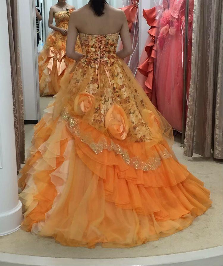 可愛いけど、綺麗も入ったドレスです♪