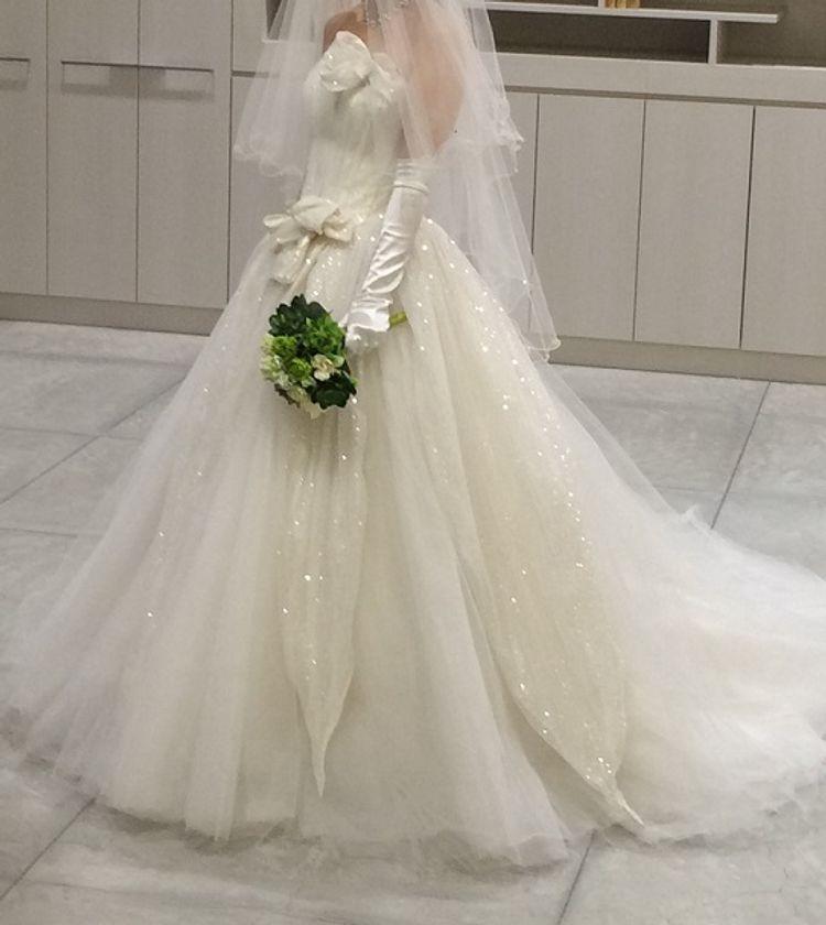 インポートドレスが豊富な素敵なドレスショップ