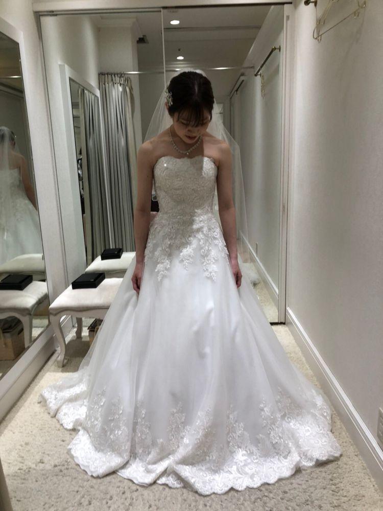 シンプルで素敵なドレスでした!