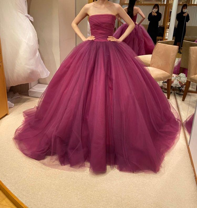 新作のカラードレス