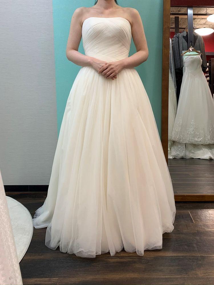 コンパクトな動きやすいドレス