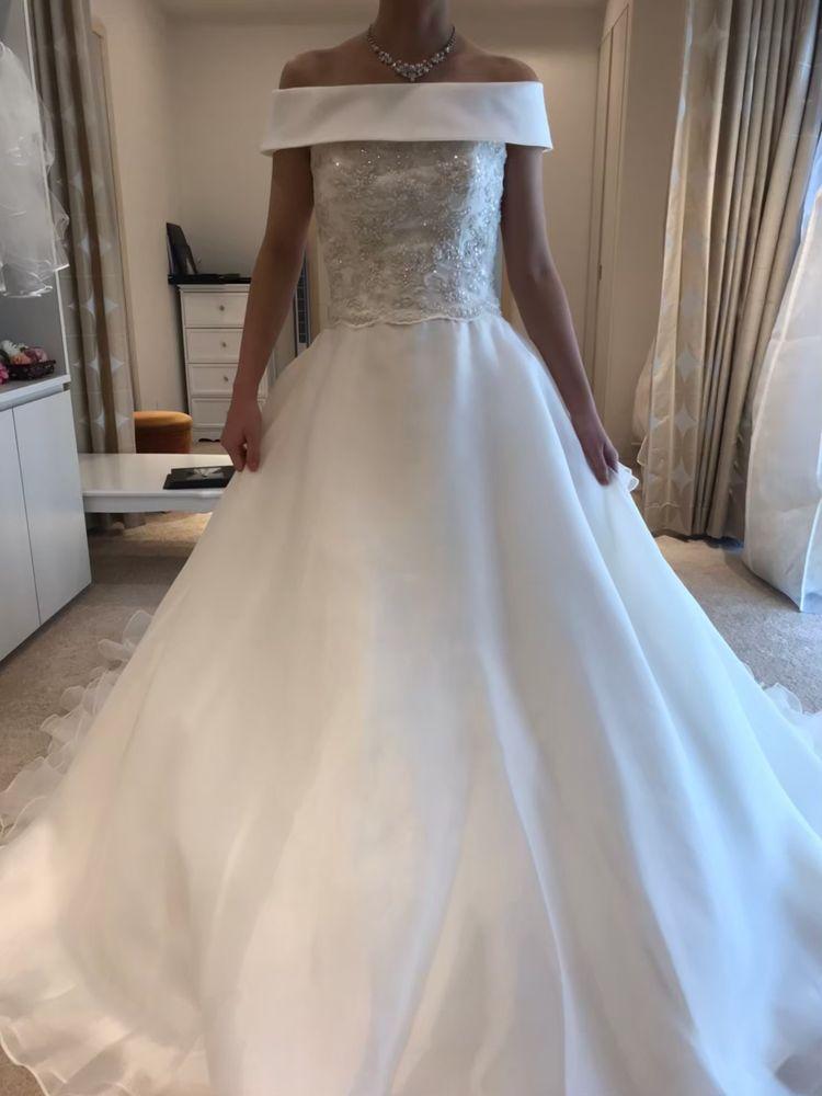 2way使用可能なふんわりドレス
