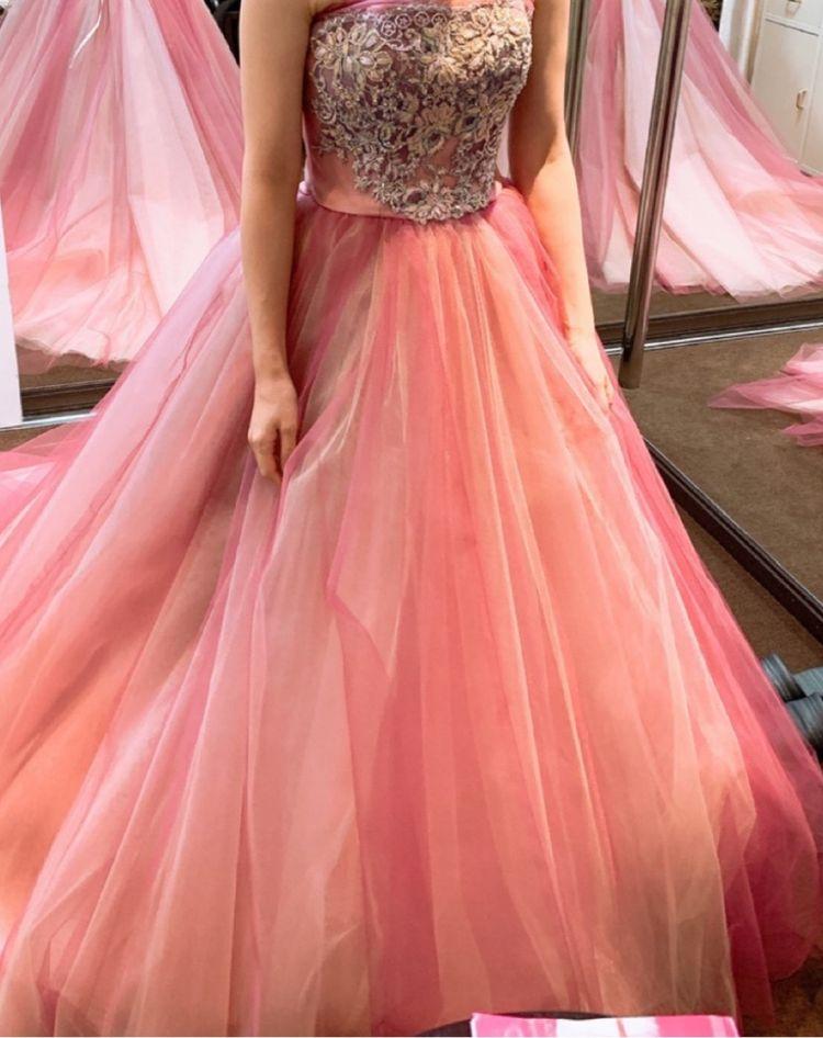 妖精のようなグラデーションが可愛いドレス