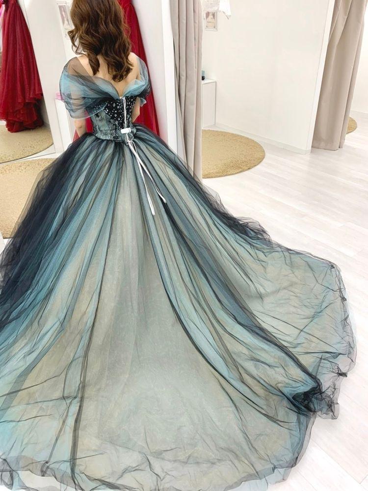 人と被らない素敵なデザインのドレス