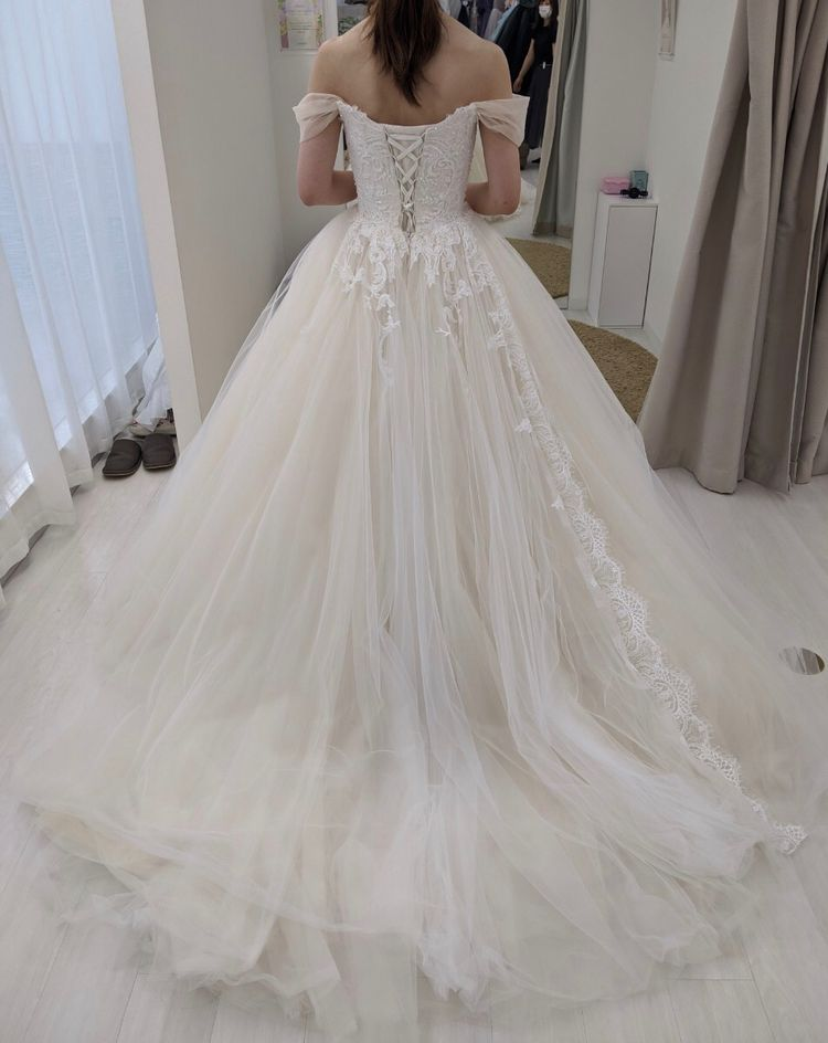 ココメロディで人気のドレス