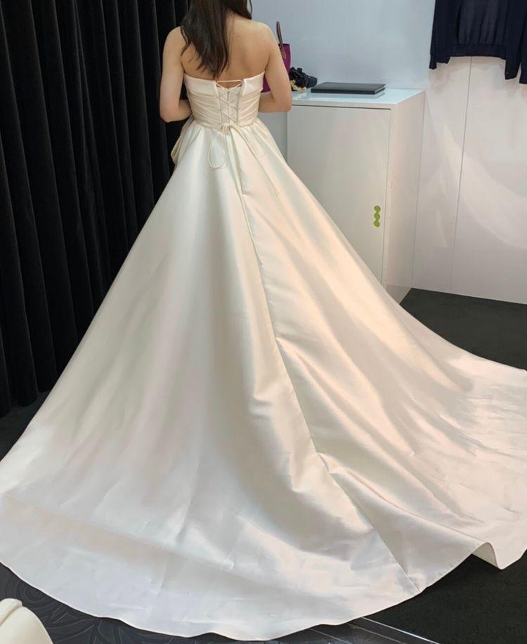 シンプルながらもリボンで可愛さもあるドレス