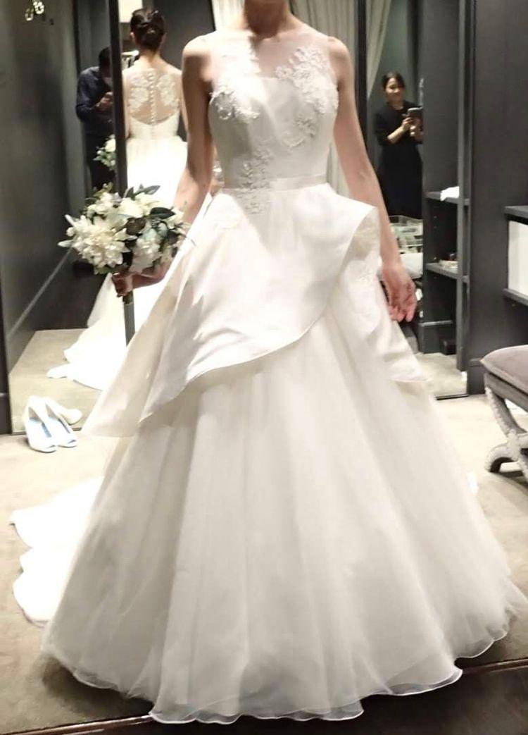 シルクの上品なドレス