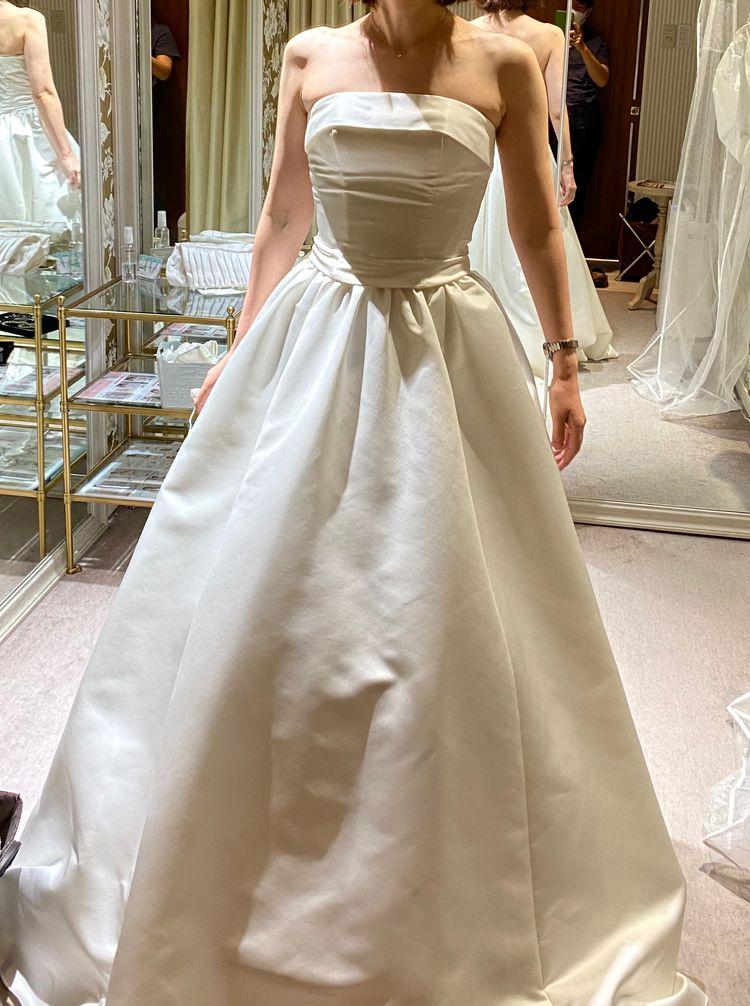 シンプルなドレスです