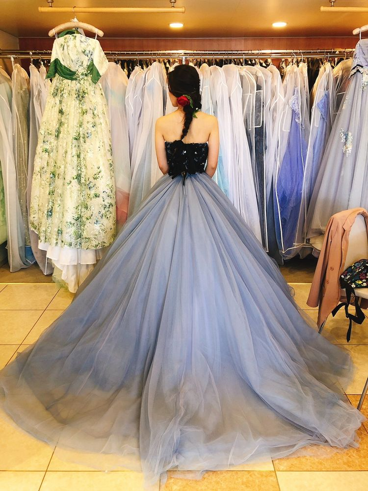 可愛すぎないドレス