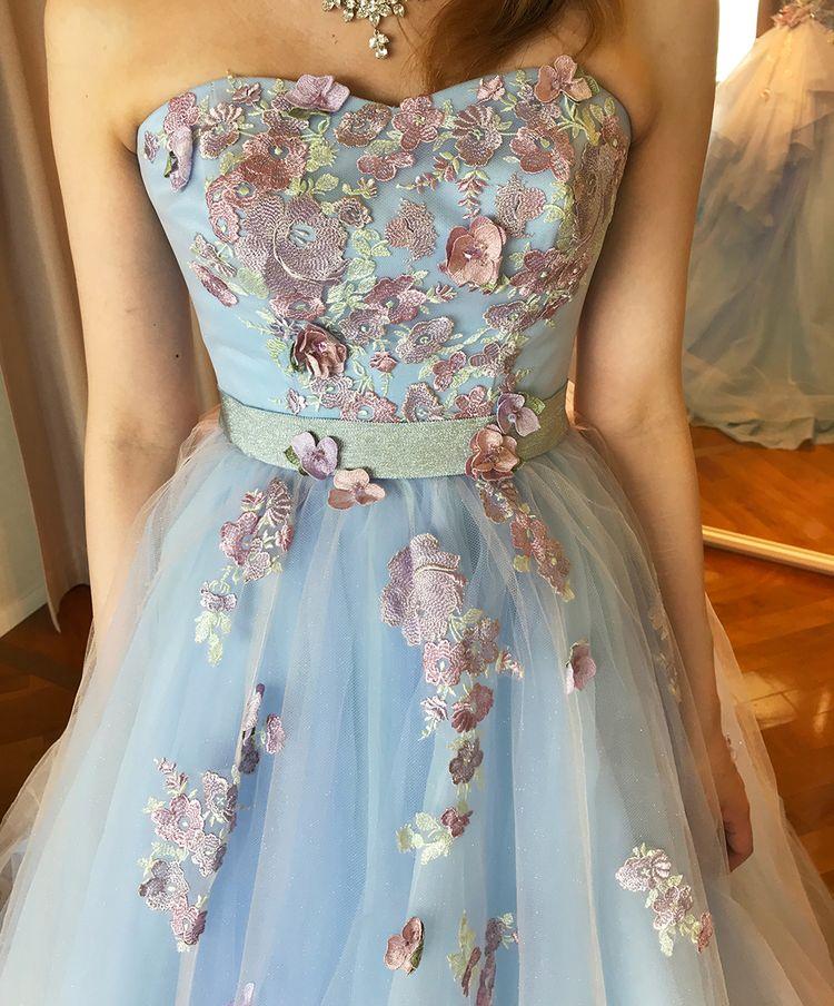 淡く落ち着きのあるブルーが綺麗なラプンツェル風ドレス♡