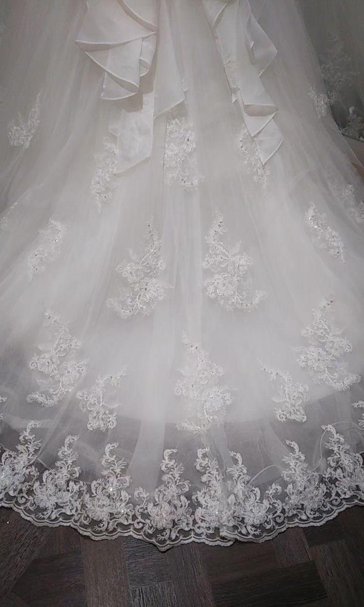 チュール素材がナチュラルで可愛いドレス