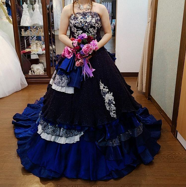 佐々木希アンティーク風ドレス