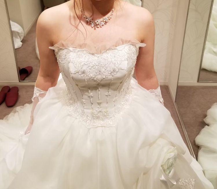アンティーク風なウエディングドレス