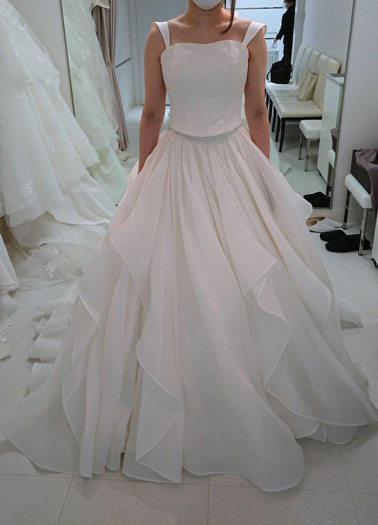 セパレートタイプのドレス